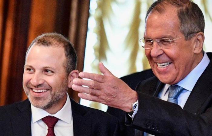 موسكو تلجأ إلى القوة الناعمة لتجد موطئ قدم في لبنان