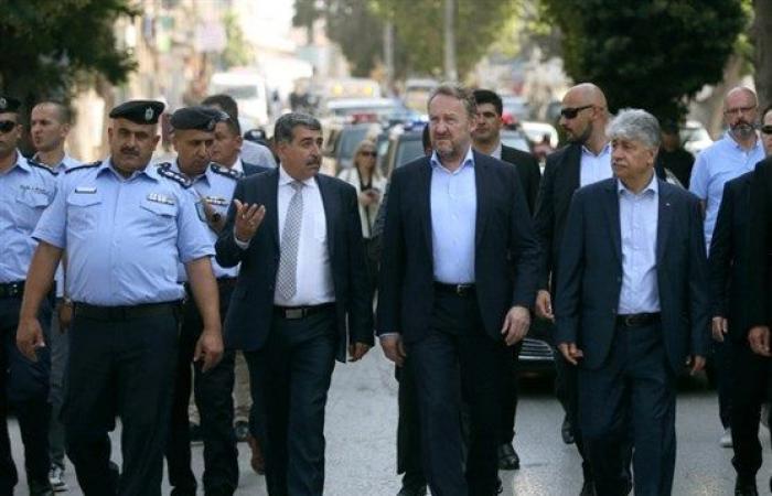 فلسطين   الرئيس البوسني يتجول في رام الله