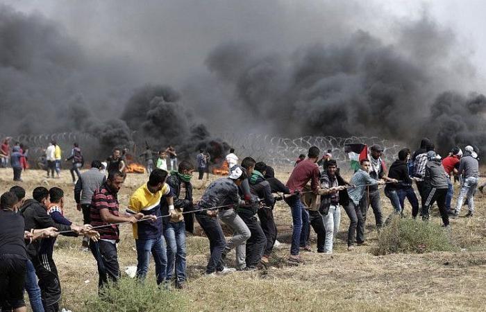 فلسطين | مركز حقوفي: (182) شهيداً من بينهم (132) قتلوا خلال مشاركتهم في مسيرات العودة