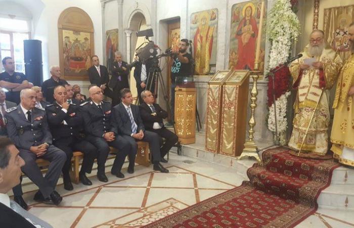البطريرك يوحنا العاشر يقيم القداس الإلهي في كاتدرائية القديس نيقولاوس العجائبي في زحلة