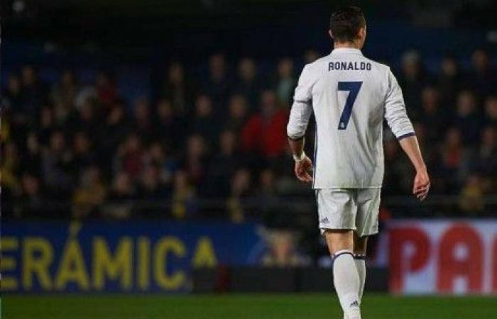 قبل مغادرة ريال مدريد.. رونالدو ودّع زملاءه بـ4 كلمات