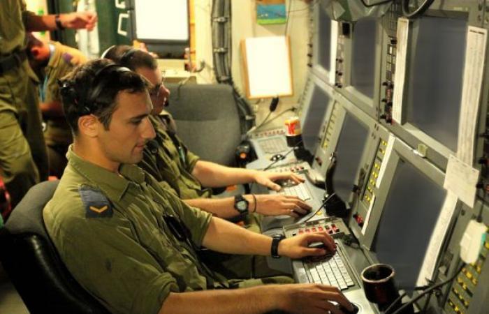 فلسطين | صحيفة عبرية : الشاباك يلاحق أموال حماس بالقدس