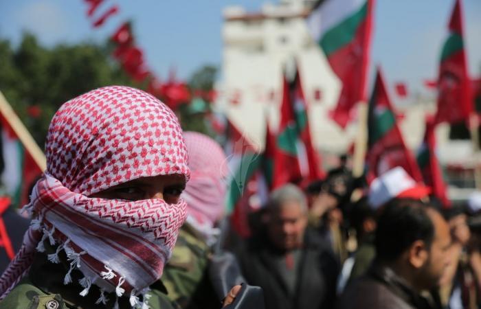 فلسطين   الديمقراطية: اعترافات عريقات بالتنازلات في إطار أوسلو تثبت أن الاتفاق فاشل