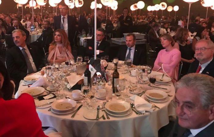 عشاء على هامش مؤتمر الطاقة الاغترابية لشمال أميركا