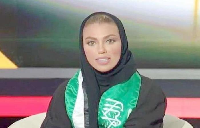 فلسطين   شاهد.. أول مذيعة في تاريخ القناة السعودية الرسمية