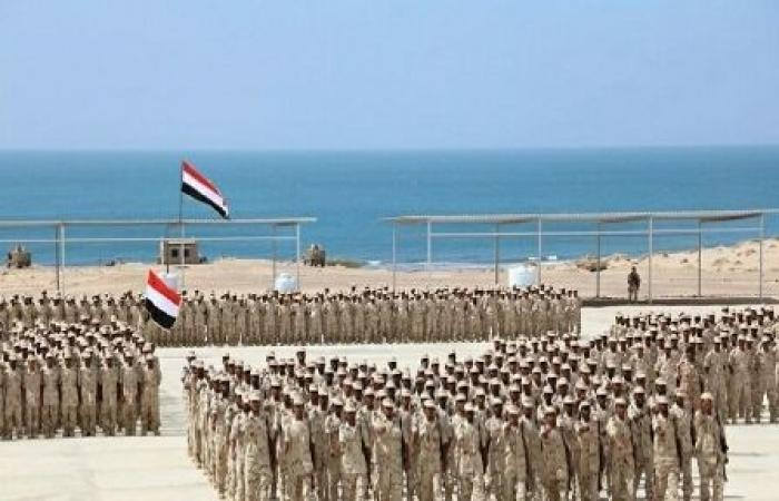 اليمن | خبر سار لجميع منتسبي وزارة الدفاع بخصوص موعد صرف المرتبات