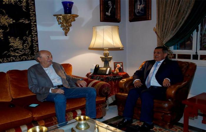 جنبلاط استقبل السفير اليمني