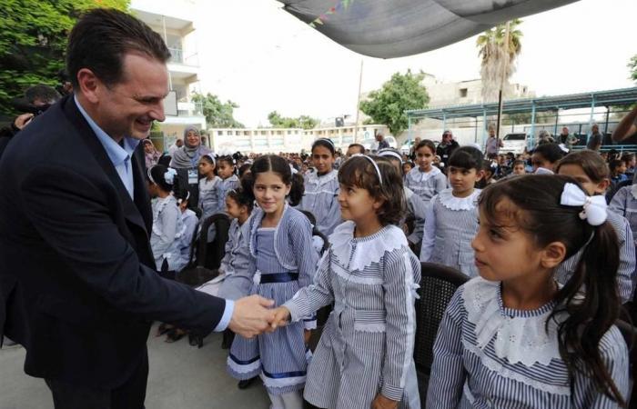 """فلسطين   مجلس اولياء الامور : """"الاونروا"""" تزيد أعداد الطلبة في الفصول بغزة"""