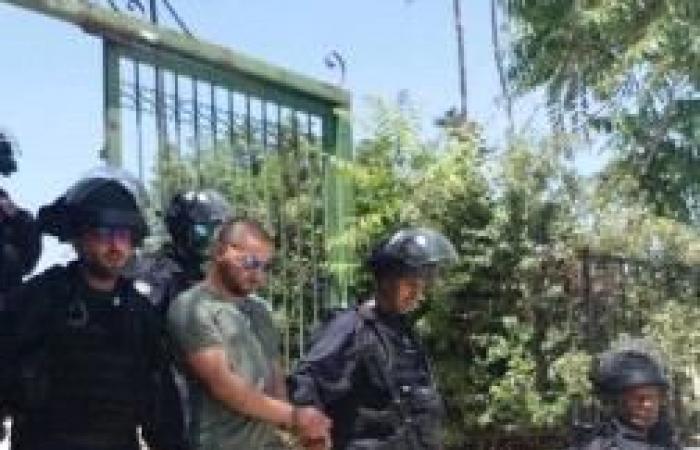 فلسطين | الاحتلال يبعد 3 حراس عن المسجد الأقصى 15 يوما