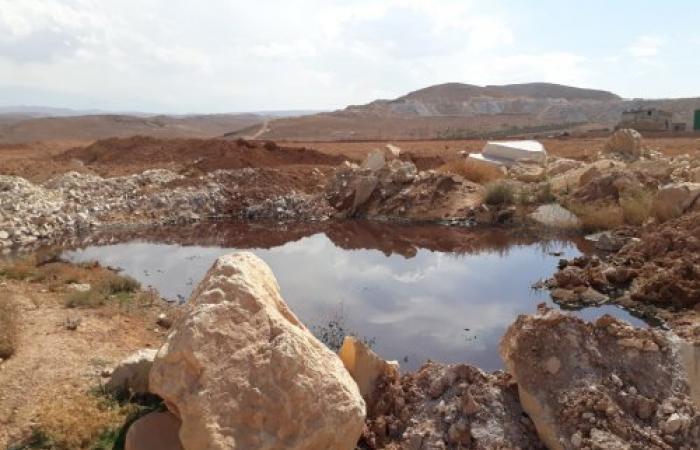 بالصور والفيديو.. مجزرة بيئية تهدد نبع مياه بلدة الفاكهة الوحيد