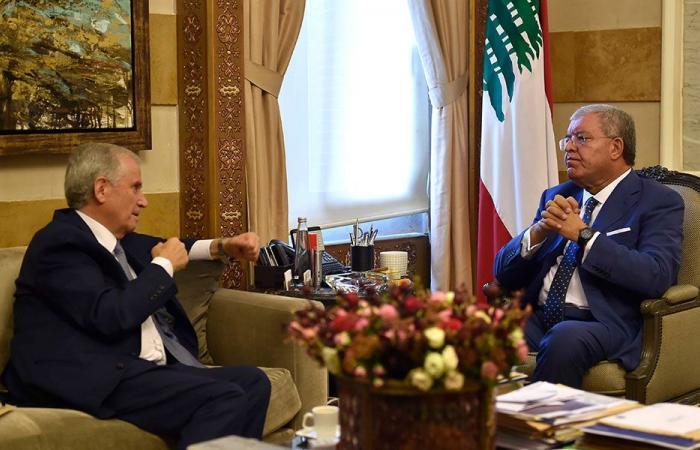 المشنوق تابع مع رئيس بلدية بعلبك أوضاع المدينة