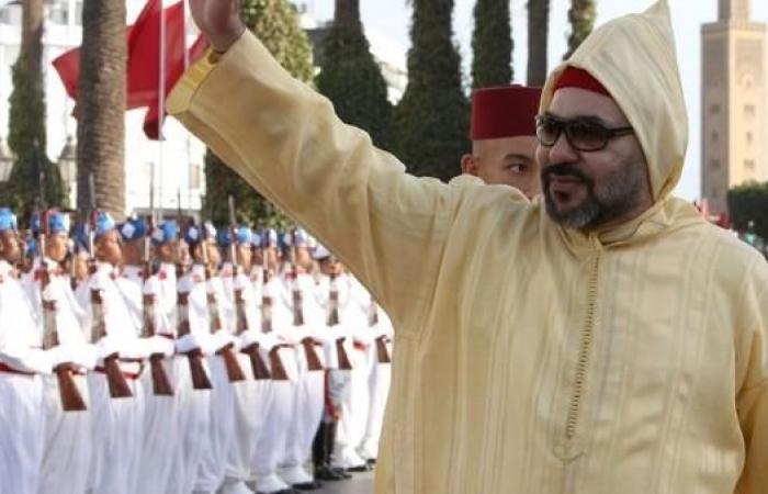 المغرب.. الملك يدافع عن قانون التجنيد الإجباري