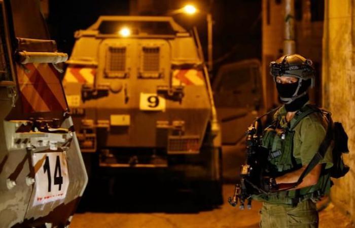 فلسطين | الاحتلال يشن حملة مداهمات واعتقالات بالضفة