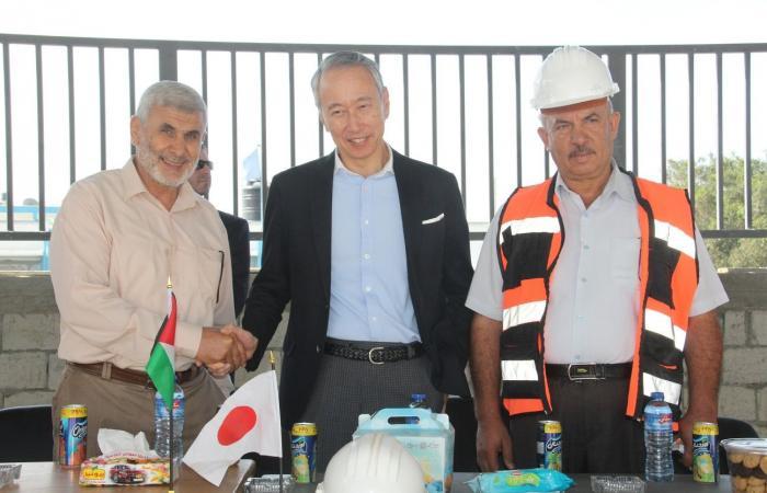 فلسطين   السفير الياباني يطلع على سير العمل في ملعب رفح البلدي