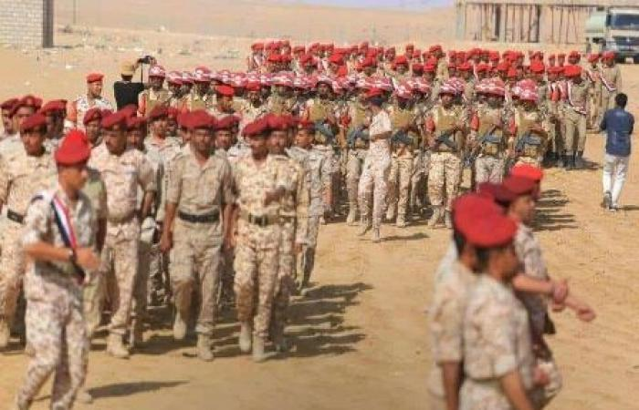 اليمن   شاهد: عرض عسكري مهيب لقوات الجيش الوطني بـ«مـأرب» بمناسبة الذكرى الـ55 لثورة أكتوبر المجيدة