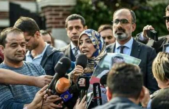 اليمن | «امرأة مرتزقة تعاني اضطرابات نفسية وتعمل لصالح الحوثي» - مسئول في الشرعية يهاجم ناشطة يمنية ويصفها «بالثورجية»