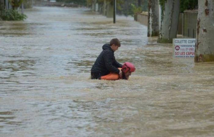 فلسطين   مصرع 13 شخصا جراء السيول جنوب فرنسا