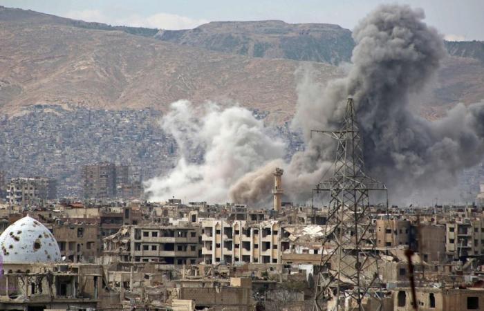 """فلسطين   شاهد.. بالفيديو: اشتباكات مسلحة بين """"أنصار الله """" وحركة""""فتح"""" بمخيم المية ومية"""