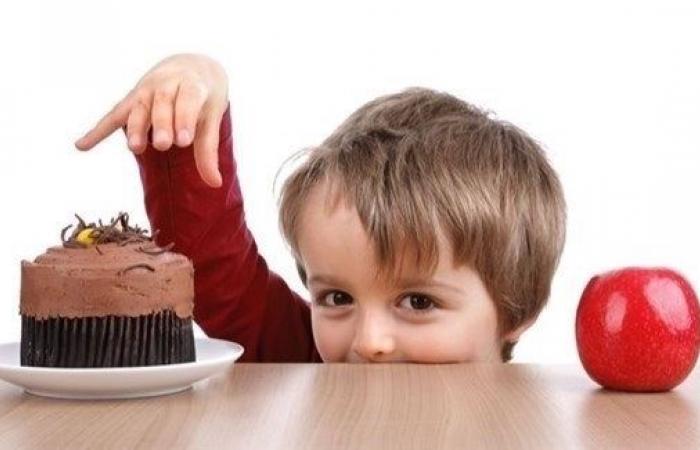 أطعمة تعزّز نمو دماغ الطفل وأخرى تؤثر سلباً