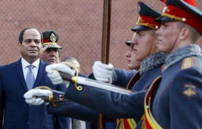 مصر   السيسي يحث روسيا على استئناف رحلاتها السياحية مصر