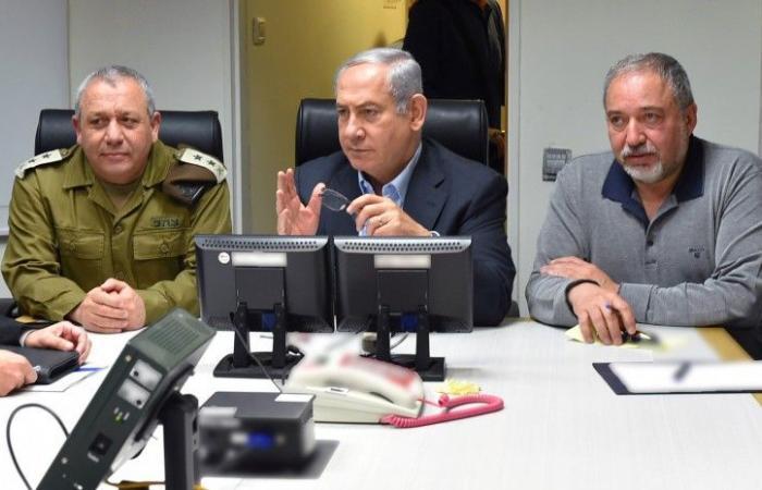 فلسطين | ليبرمان يقرر اغلاق معبري كرم سالم وبيت حانون وايزنكوت يقطع زيارته الى نيويورك