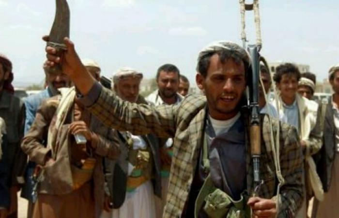 الحوثيون يغلقون مركز تجميل في صنعاء ويضربون مرتادات المركز ويعتقلون 3 نساء