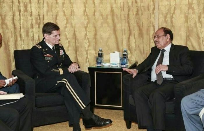 علي محسن الاحمر يلتقي قائد عسكري امريكي رفيع ويفتح معه ملفات خطيرة - 3 مجالات مهمة ودعم قادم للجيش اليمني