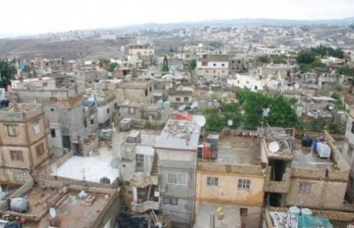 انفجار قنبلة من مخلفات الاشتباكات في المية ومية