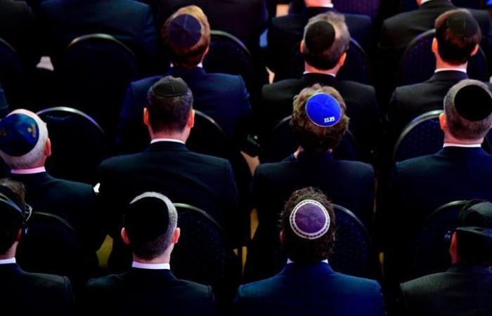 قصة مثيرة لزعيم ألماني انتحل الديانة اليهودية