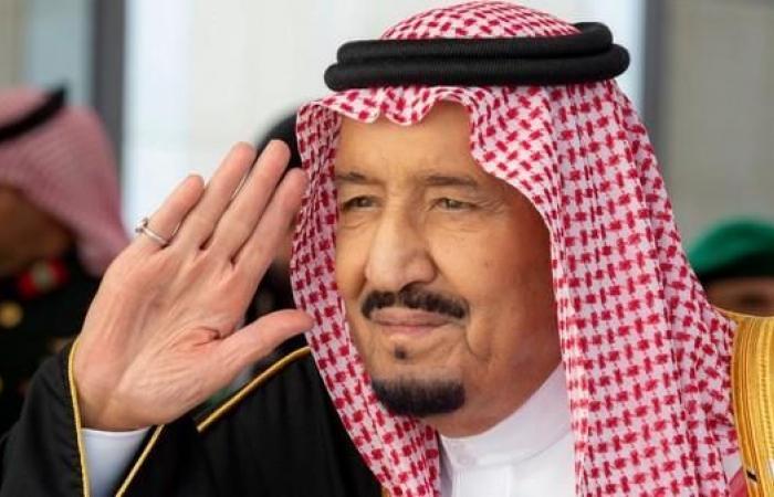 الخليح | خادم الحرمين يغادر الرياض متوجها إلى منطقة تبوك