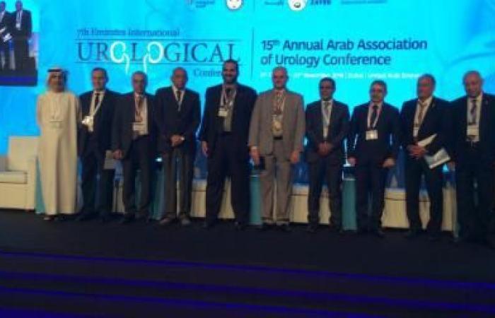 """فلسطين   طبيب فلسطيني يفوز بجائزة عربية بـ """"الابداع الجراحي"""""""