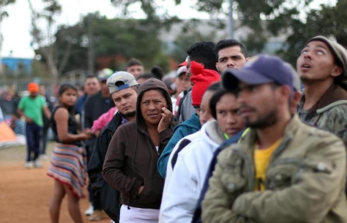 دولي | في هزيمة قضائية جديدة.. قاض يعطل مرسوم ترامب للهجرة