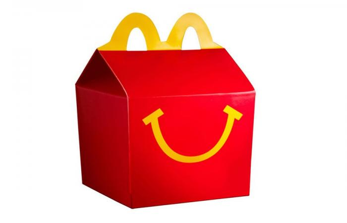 أب يقاضي McDonald's على إعلان الـHappy Meal