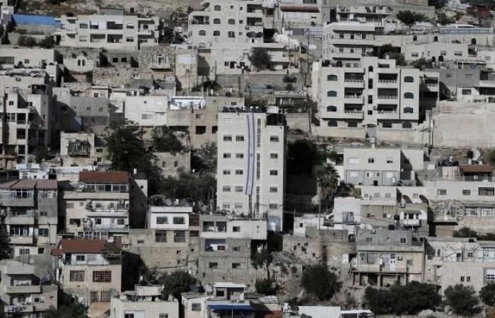 فلسطين | الكنيست يقر قانوناً يسمح ببناء وحدات استيطانية بجوار الأقصى في سلوان