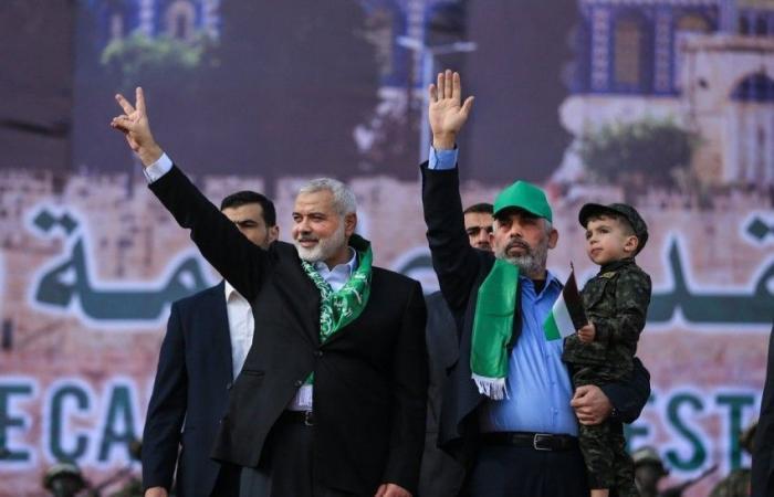 فلسطين | وزير اسرائيلي : هل من الصواب إسقاط حكم حماس بغزة؟