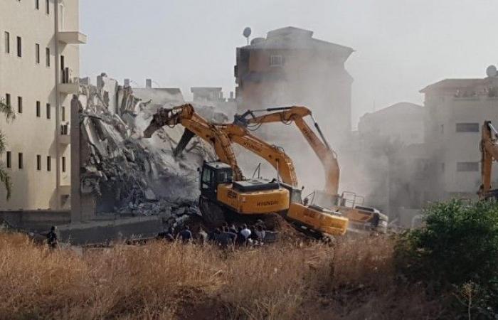 فلسطين | رهط: هدم منزل وورشة في حارة العتايقة