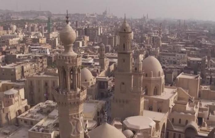 مصر | شاهد.. الفلكور المصري بغنائه ورقصه أمام مصاعب الحياة