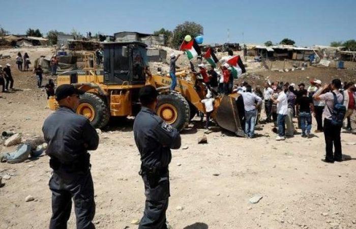 فلسطين | تواصل الفعاليات المساندة للخان الاحمر