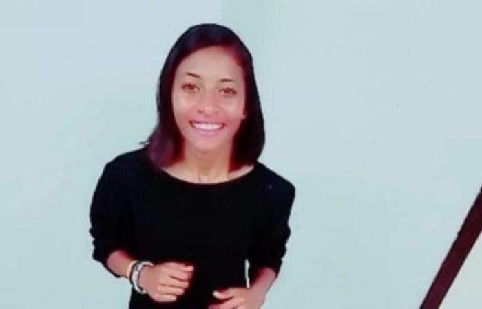 مصر   مأساة جديدة بالإسكندرية.. انتحار طالبة بسبب التنمر