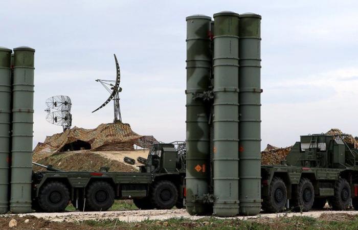 """روسيا ستنشر أنظمة دفاع جوي جديدة """"إس-400"""" في القرم"""
