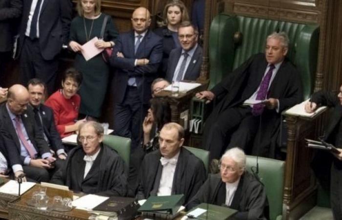 خروج بريطانيا من الاتحاد الأوروبي: ماذا سيحدث لو رفض مجلس العموم صفقة تيريزا ماي؟