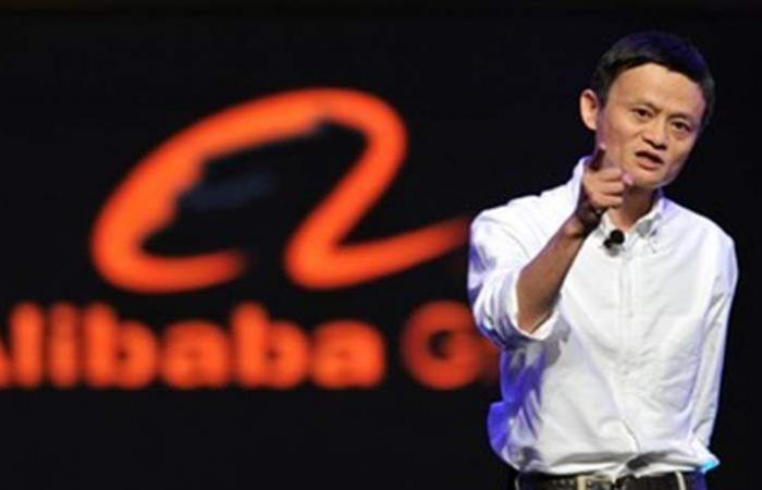 بدأ براتب 12 دولاراً ثمّ أصبح أغنى رجل بالصين.. هذه قصة مؤسس 'علي بابا'