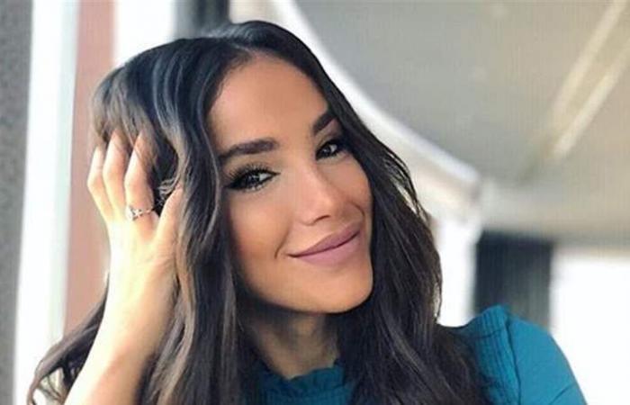 بالصورة: ملكة جمال العالم.. ميرا الطفيلي تتألق وترفع اسم لبنان
