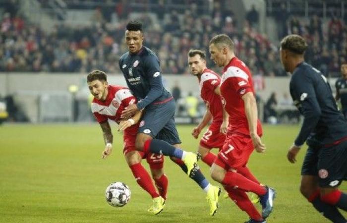 ماينتس يستعيد توازنه في الدوري الألماني