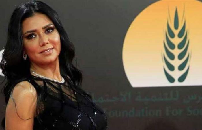 فستان رانيا يوسف يقودها إلى 'المحاكمة'