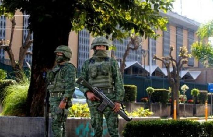هجوم بعبوة ناسفة يستهدف القنصلية الأميركية في المكسيك