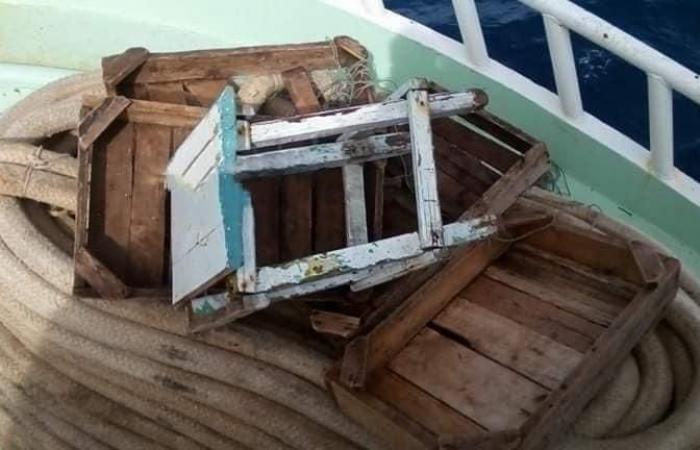 مصر | غرق مركب صيد مصري في البحر الأحمر والبحث عن 13 مفقودا