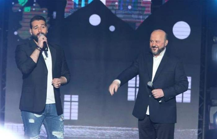بالفيديو.. رياشي يغني 'عَ هدير البوسطة'