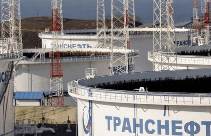 أوبك وروسيا تقتربان من الاتفاق على تخفيضات النفط لعام 2019