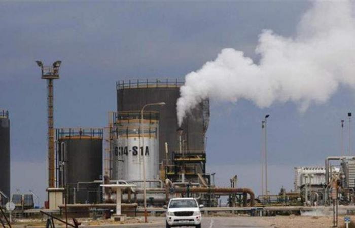 بعد تصريحات وزير الطاقة السعودي.. سعر برميل برنت ينخفض لأقل من 60 دولارا